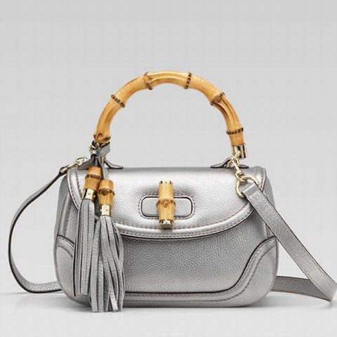 Bambù Gucci New Media Top Handle Bag 254884 in argento metallizz