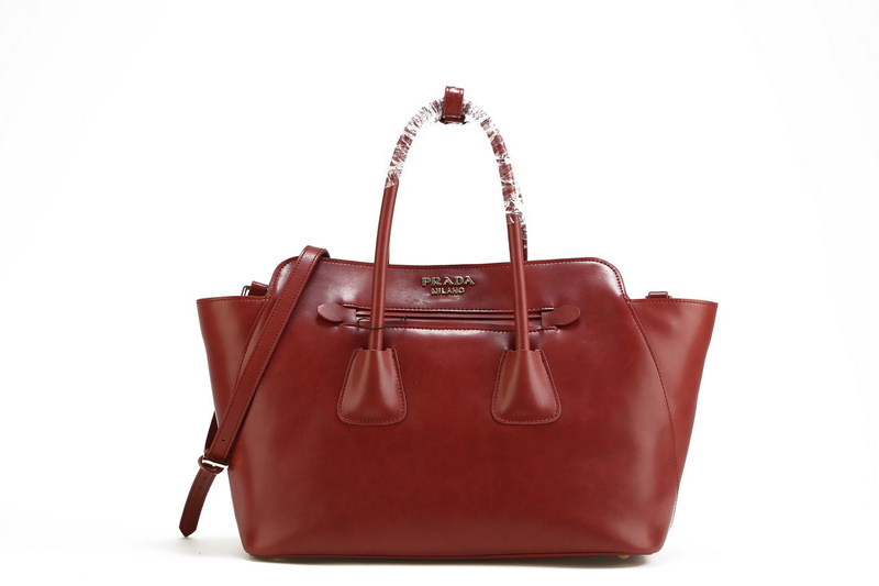 2013 Ultima Prada morbida pelle di vitello Tote BN2611 a Bordeau